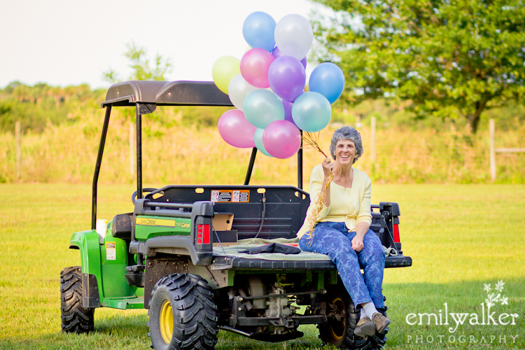 emily-walker-photography-balloons-behind-the-scenes-grandma-allison