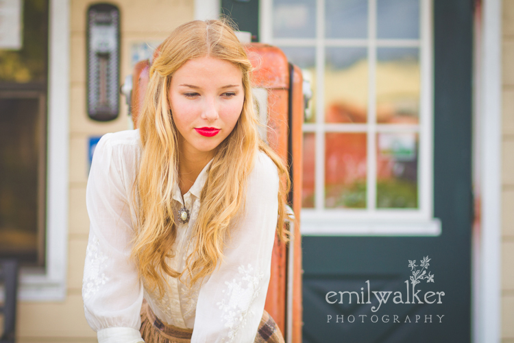 emily-walker-photography-project-1940s-vintage-kaylee-013