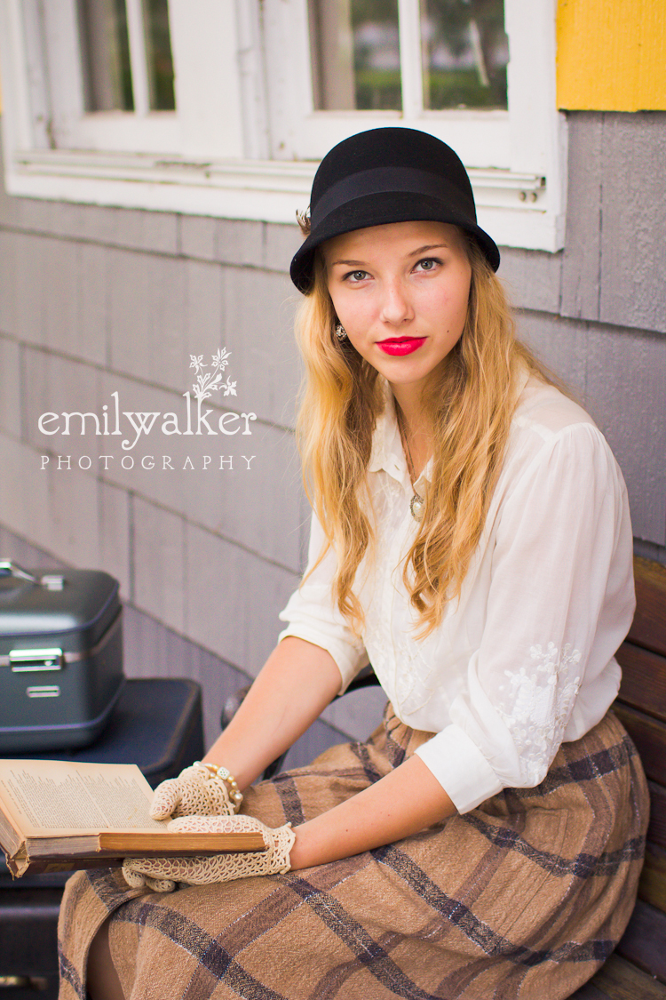 emily-walker-photography-project-1940s-vintage-kaylee-044