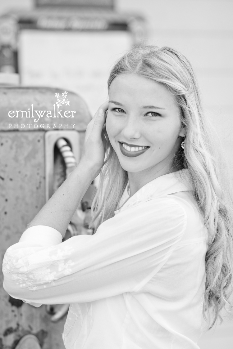 emily-walker-photography-project-1940s-vintage-kaylee-7-11