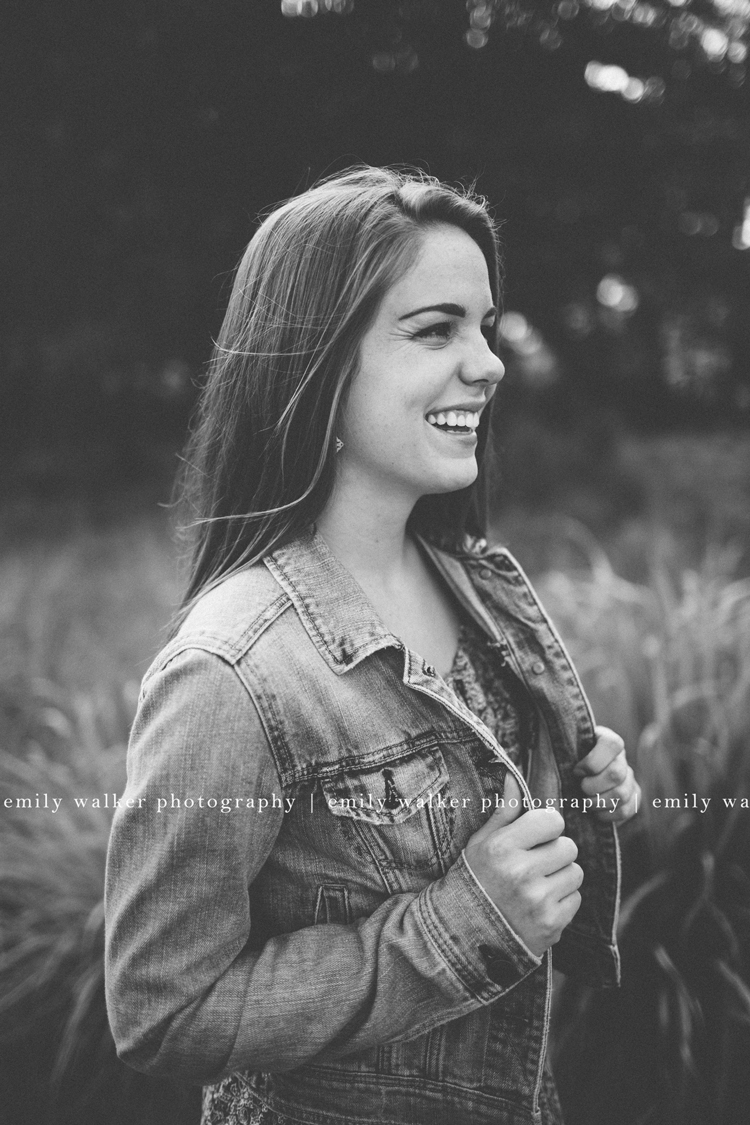 alyssa-mcgarity-emily-walker-photography-senior-photographer-9BLOG-2