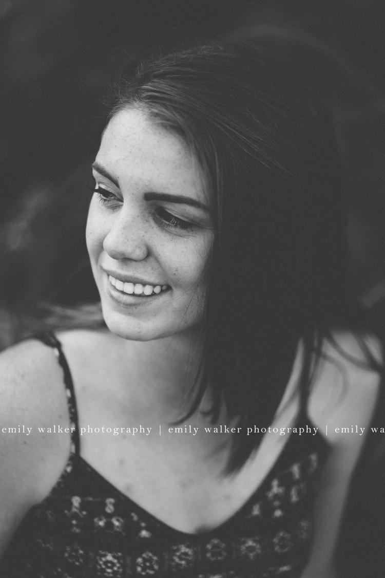 kailey-mcgarity-emily-walker-photography-senior-7BLOG