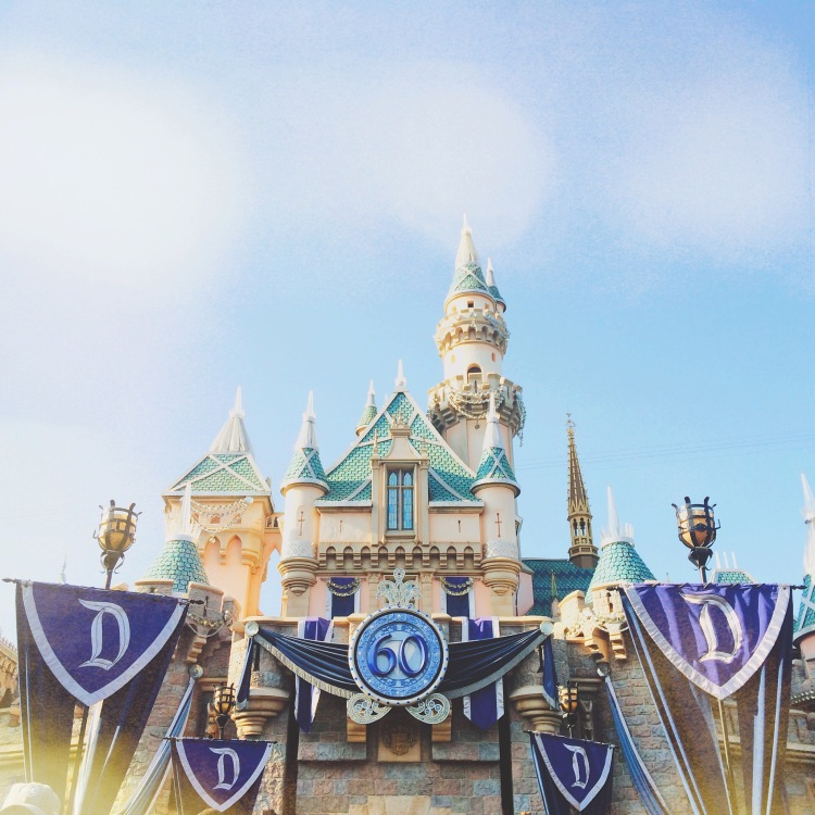 emily-walker-photography-disneyland-at-the-moment-september